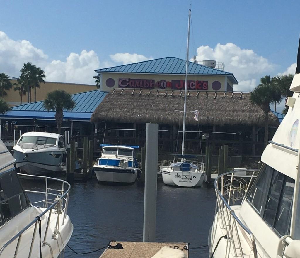 Restaurant/Bar at the marina! Yeah!